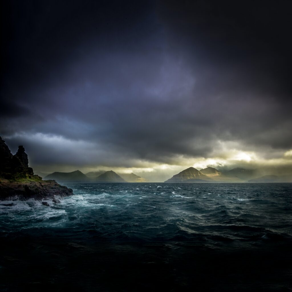Storm on the Island - AQA Power and Conflict poetry GCSE